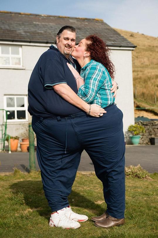 Dvojice se poznala v nemocnici, kde oba chtěli se svou váhou zatočit.