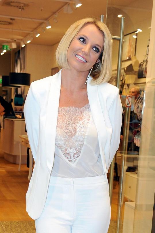 Britney je opět šťastná.