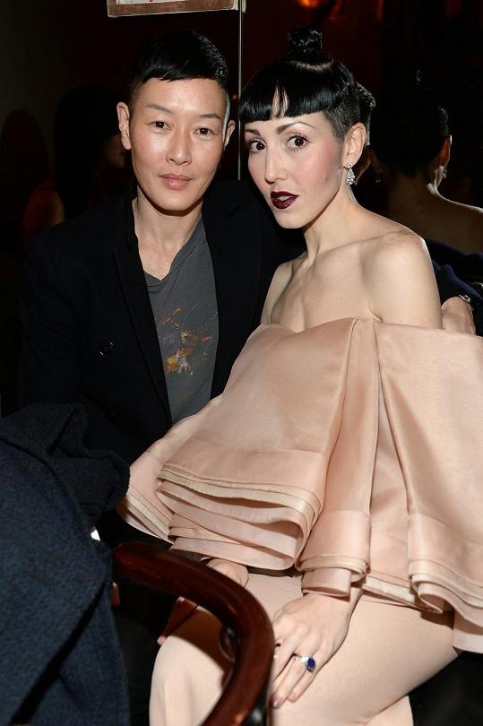 Jenny Shimizu a Michelle Harper