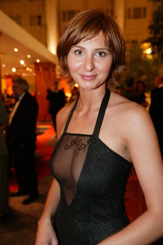 Ivana vystavila na odiv své vnady.