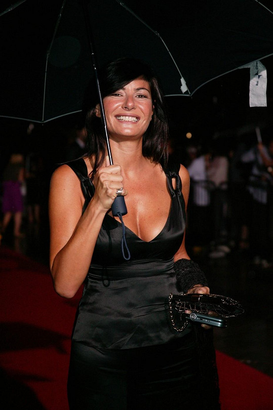 Moderátorka Ilaria D´Amico se prý spustila s Gigim Buffonem.