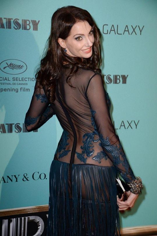 Francouzská herečka v Cannes.