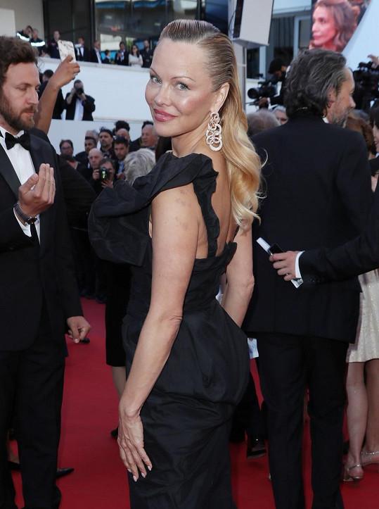 Pamela na festivalu v Cannes