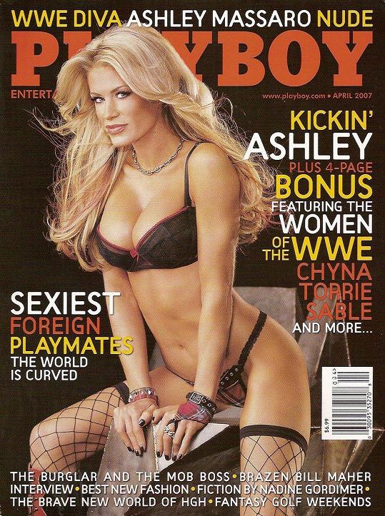Ashley Massaro na titulce Playboye v roce 2007