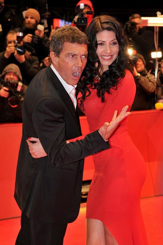 Banderas se s někdejší německou misskou seznámil před dvěma lety během natáčení filmu Zkrat.