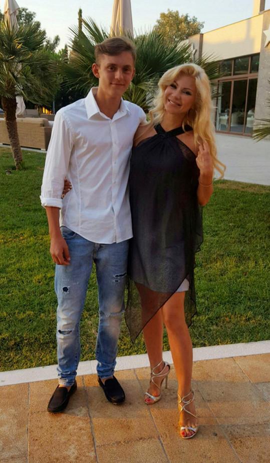 Natali se synem