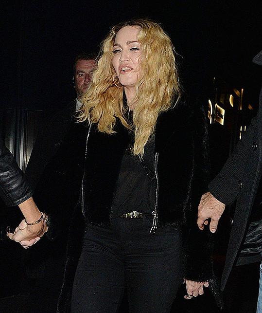 Madonna už není žádná mladice.