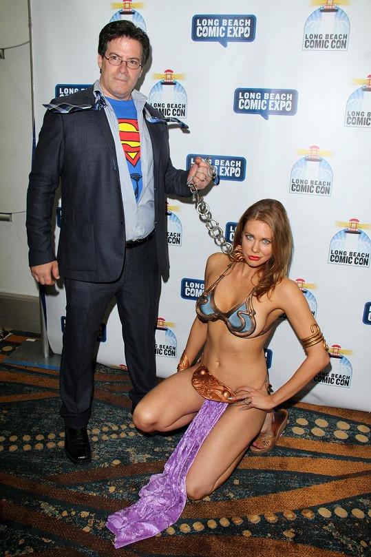 Herečku měl pevně v řetězech Superman.