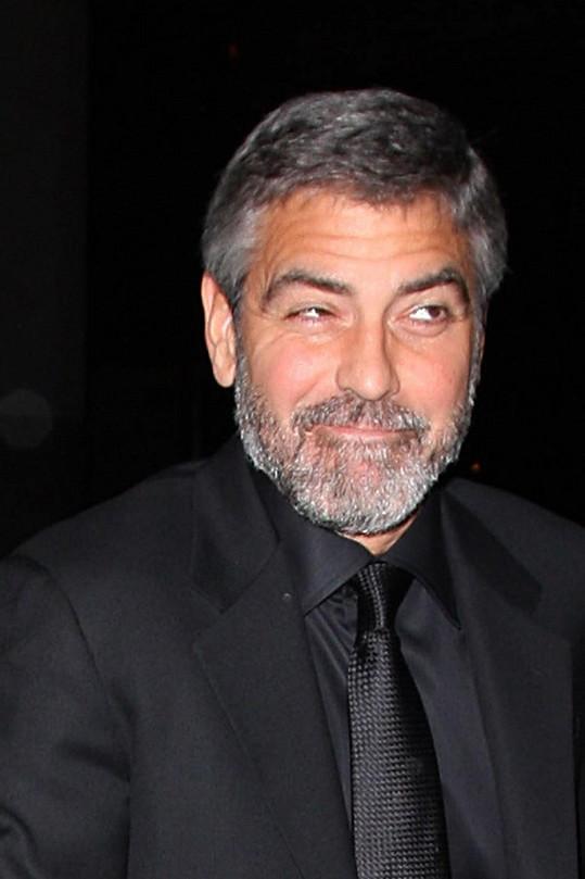 George Clooney se nemusí obávat, jeho budoucí tchyně se na něj těší.