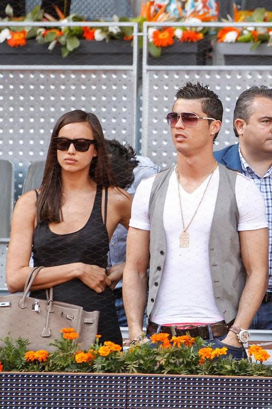 Ronaldo měl svou partnerku před třemi týdny podvést.