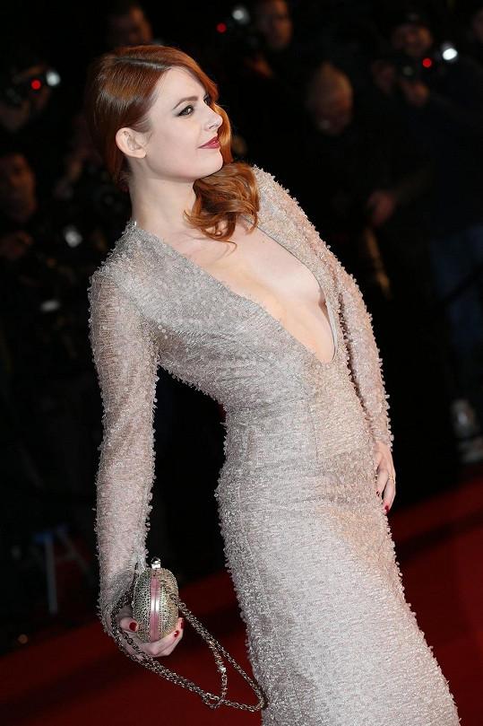 Francouzská zpěvačka a herečka se ráda zviditelňuje.