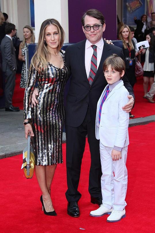 S. J. Parker se synem a s manželem