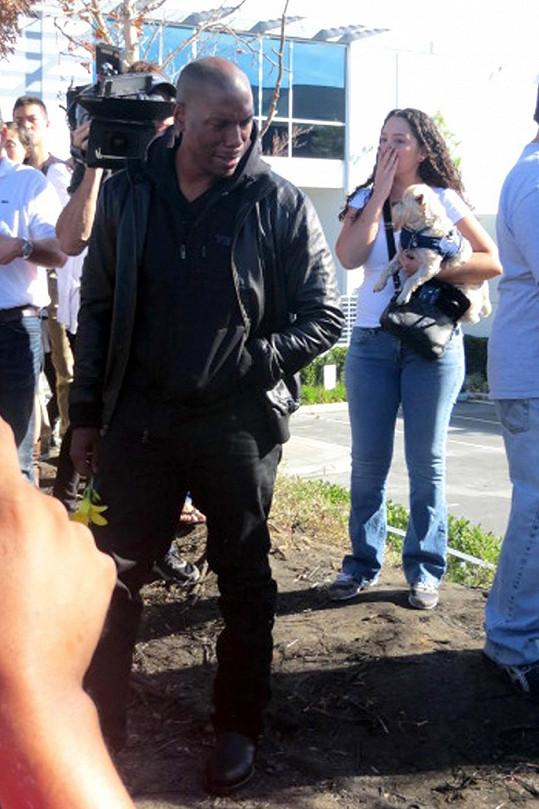 V kalifornském Santa Clarita, kde k nehodě došlo, jsou lidé v šoku.