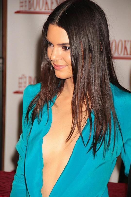 Kendall Jenner má postavu modelky.