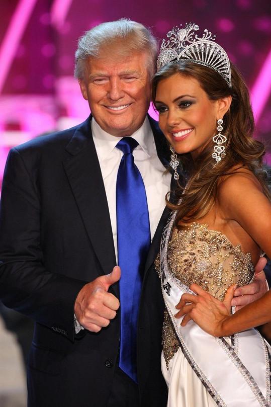 Půvabná rodačka z Connecticutu s Donaldem Trumpem.