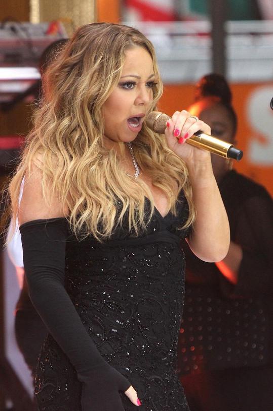Mariah Carey v ranní show zazpívala dvě písně.