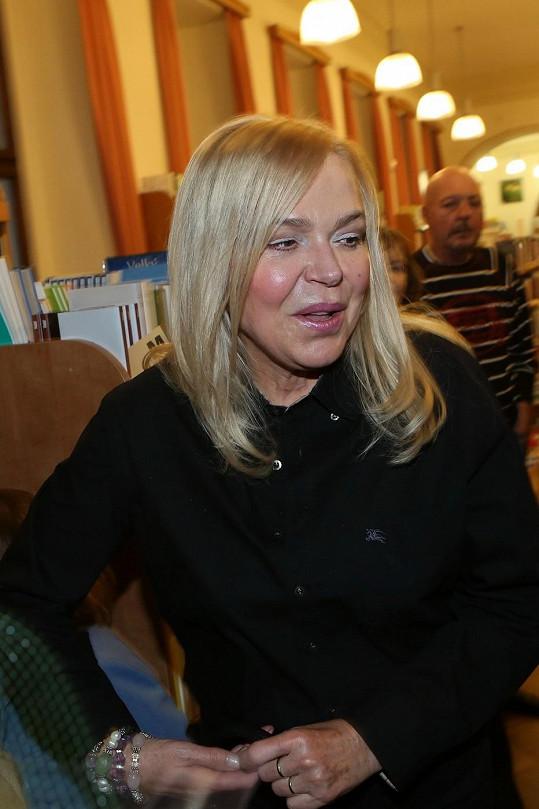 Dagmar Havlová ztratila pověstný šarm.