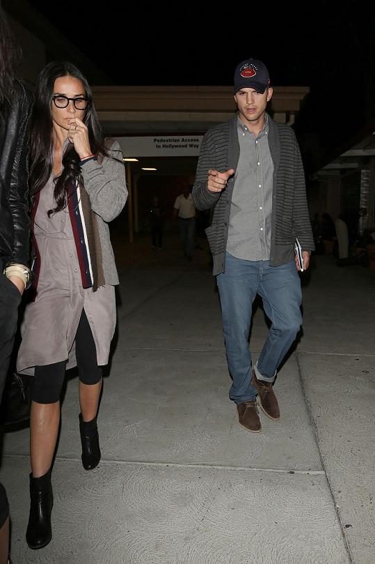 Demi Moore a Ashton Kutcher jsou schopni se spolu po dlouhé době normálně bavit.