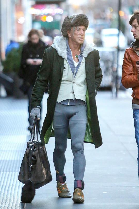 Snad si pořídil i nové kalhoty.