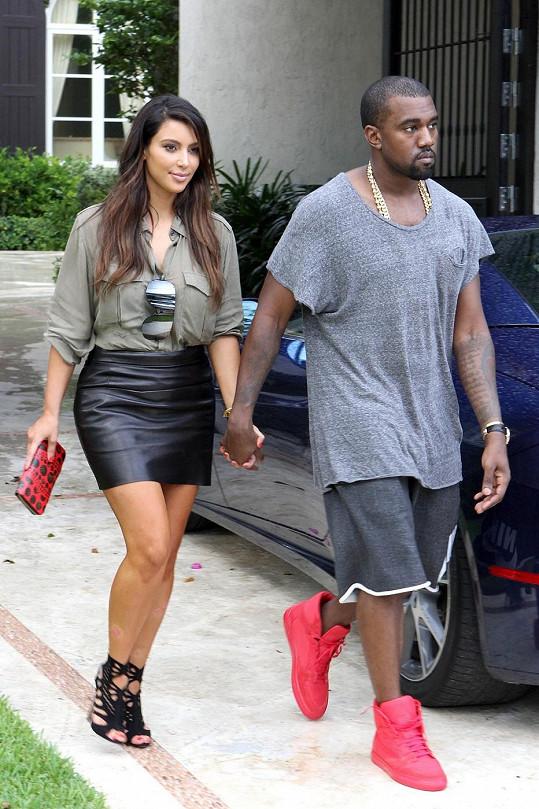 Kim a Kanye spolu čekají miminko.