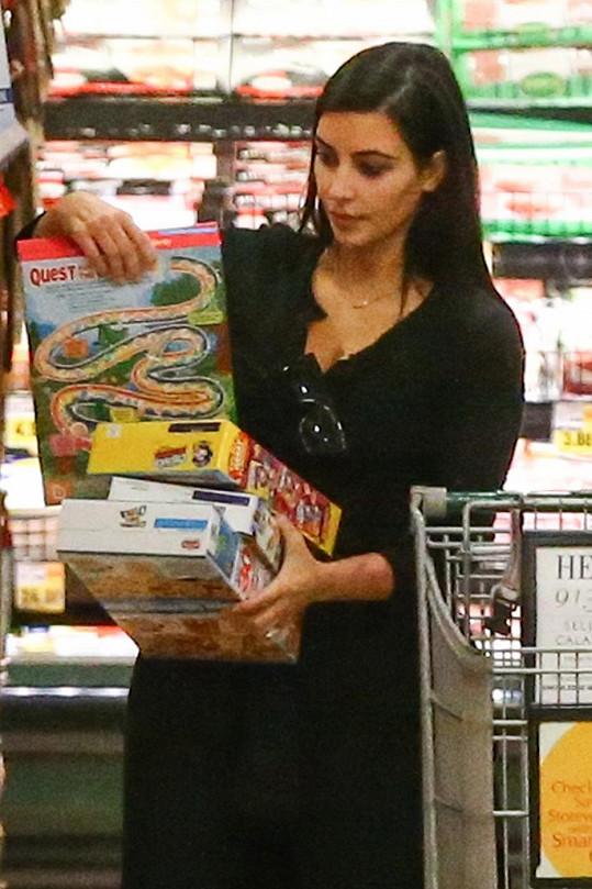 Kim Kardashian osobě vybírala potraviny... neuvěřitelné!