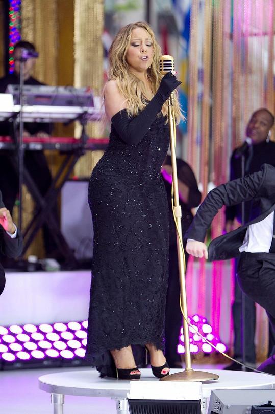 Mariah Carey ze sebe po ránu vydala všechno.