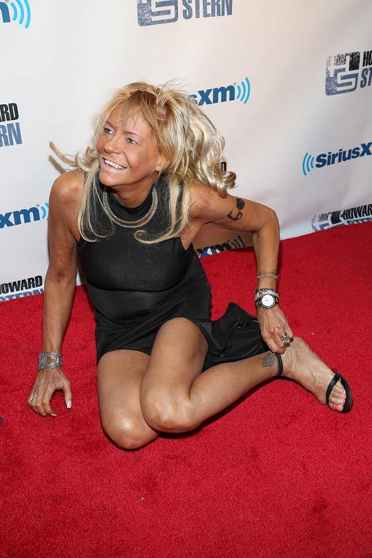 Patricia Krentcil se dostala na párty Howarda Sterna a tohle tam vyváděla.