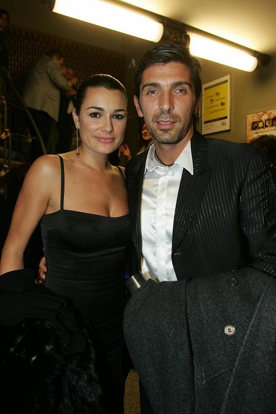 Alena Šeredová a Gianluigi Buffon procházejí vážnou manželskou krizí.