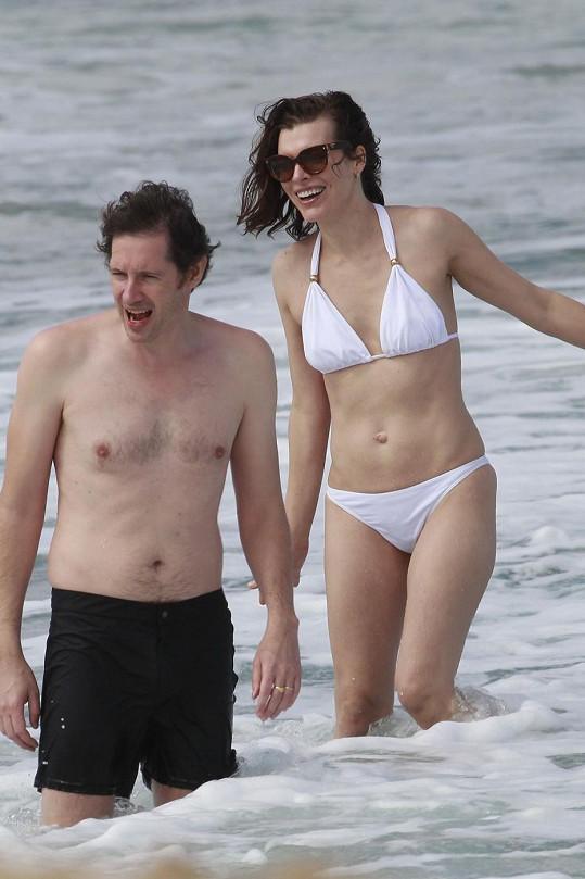 Jovovich se svým manželem Paulem Andersonem.
