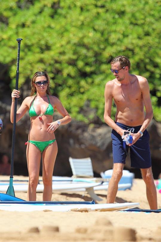 Na Havaji dováděla s manželem Peterem Crouchem.