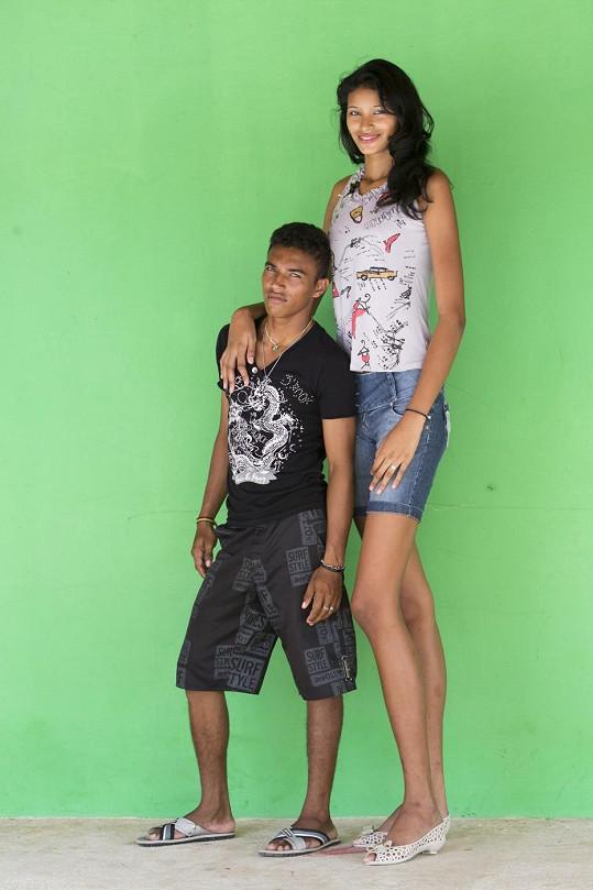 Elisany da Cruz Silva se svým přítelem Francinaldem da Silvou Carvalhem.