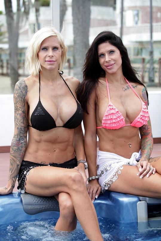 Švédská dvojka na dovolené ve Španělsku
