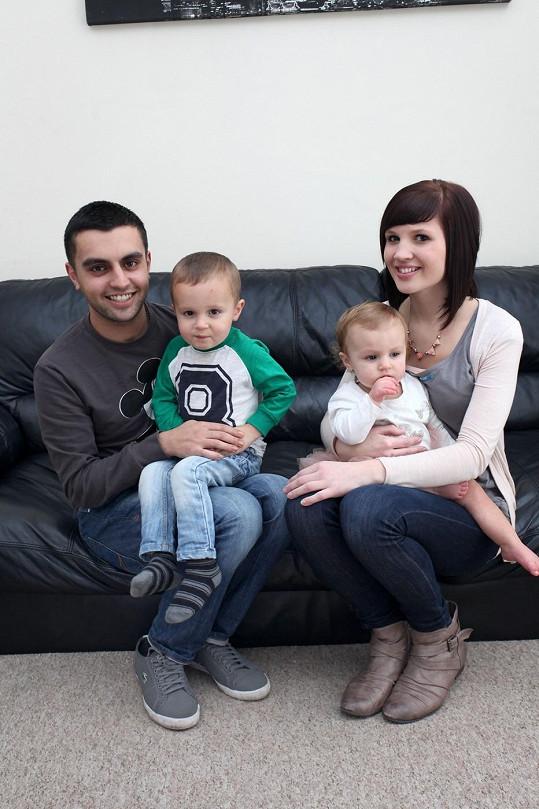 Díky práci ve fast foodu pokořila nemoc a našla životního partnera, s nímž má dvě děti.