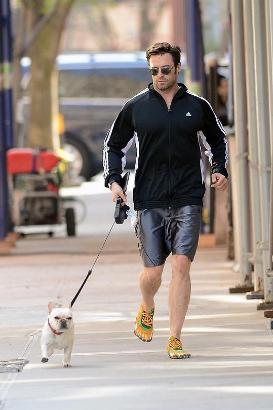 Herec chodí také pravidelně běhat se svým psem.