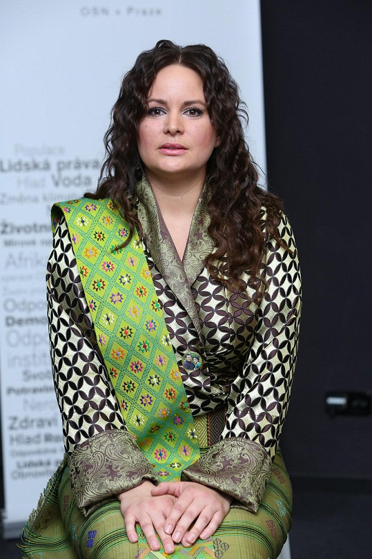 Čvančarová pomáhá opuštěným dětem.