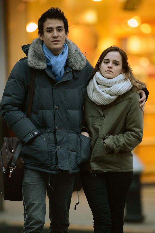 Láska s Williamem Adamowiczem je minulostí, s novým krasavcem z Oxfordu však herečku paparazzi zatím nenachytali.
