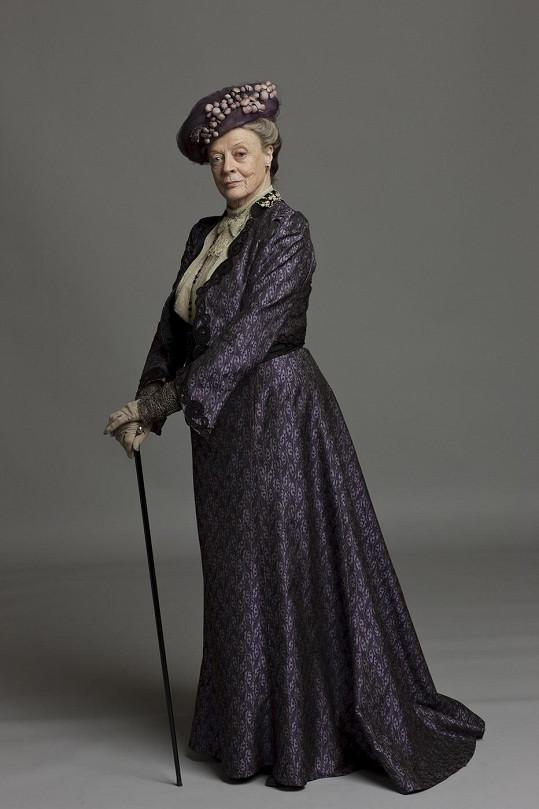 Maggie Smith jako Violeta, hraběnka-vdova z Granthamu.