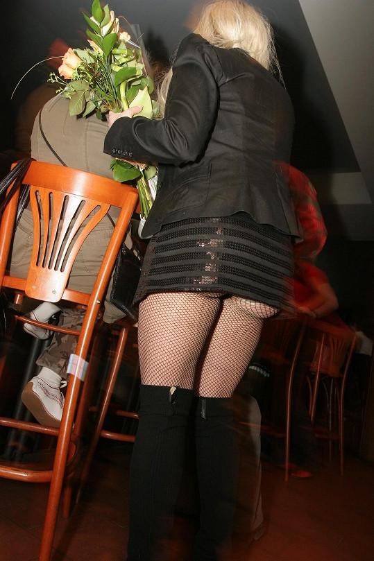 Bára Basiková se před pár lety oblékla do hodně odvážné mini.