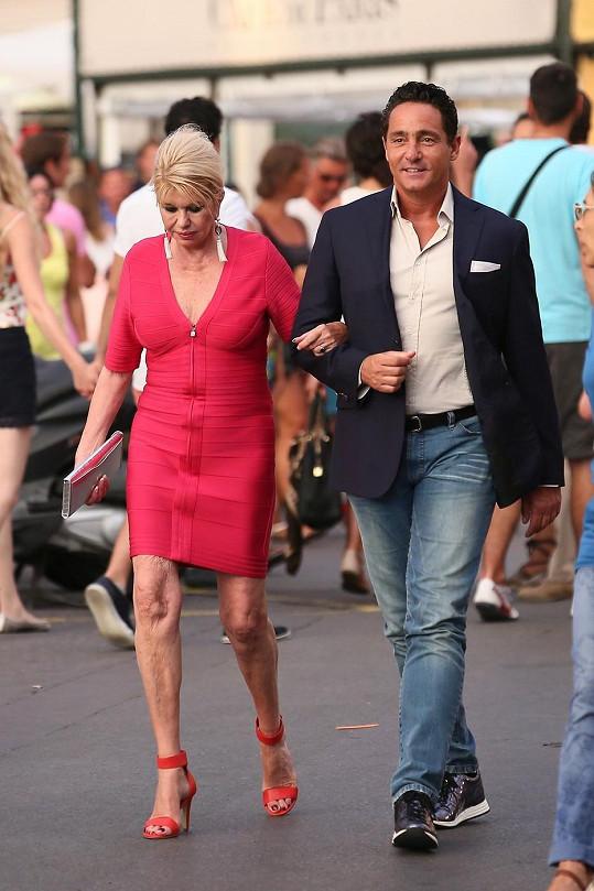 Ivana Trump opět potěšila Saint-Tropez svou přítomností.