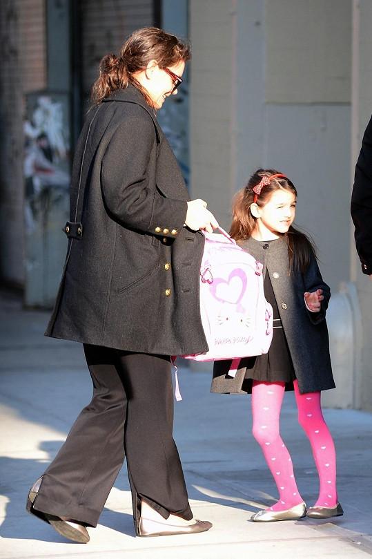 Herečka s dcerou Suri v New Yorku.