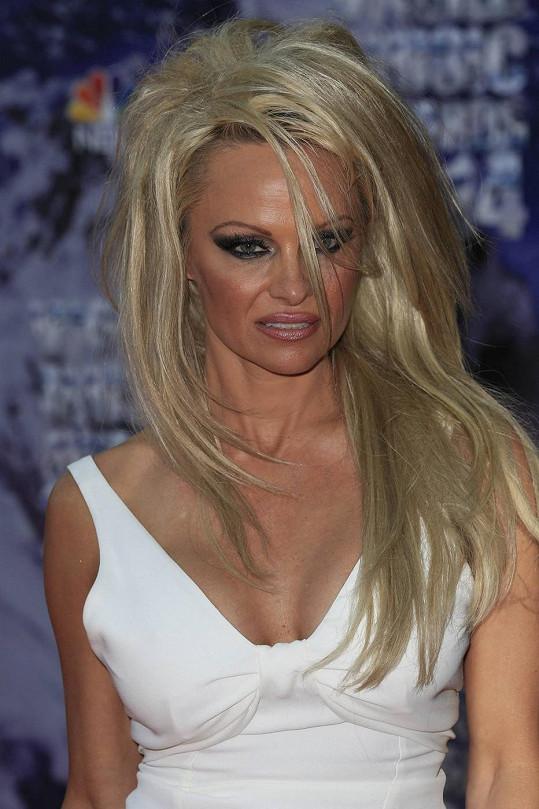 Pamela Anderson v Monaku neoslnila.