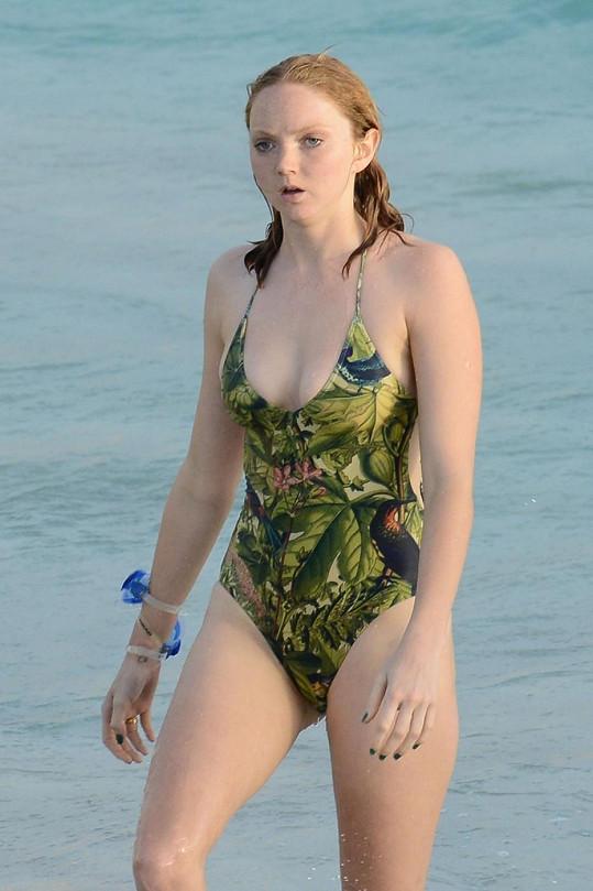 Lily Cole oslavila příchod roku 2013 v Karibiku.