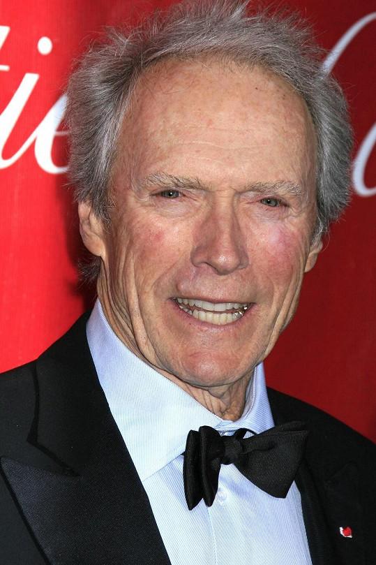 Clint Eastwood je otcem osmi dětí.