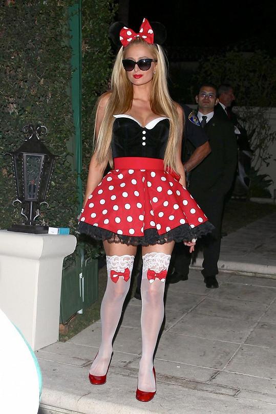 Minnie měla pod sukničkou překvapení.