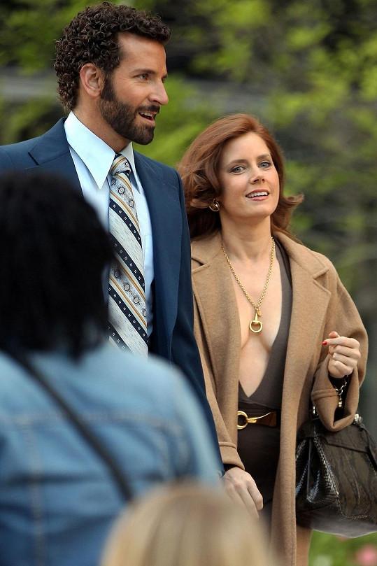 Amy a Bradley Cooper během natáčení nového filmu.