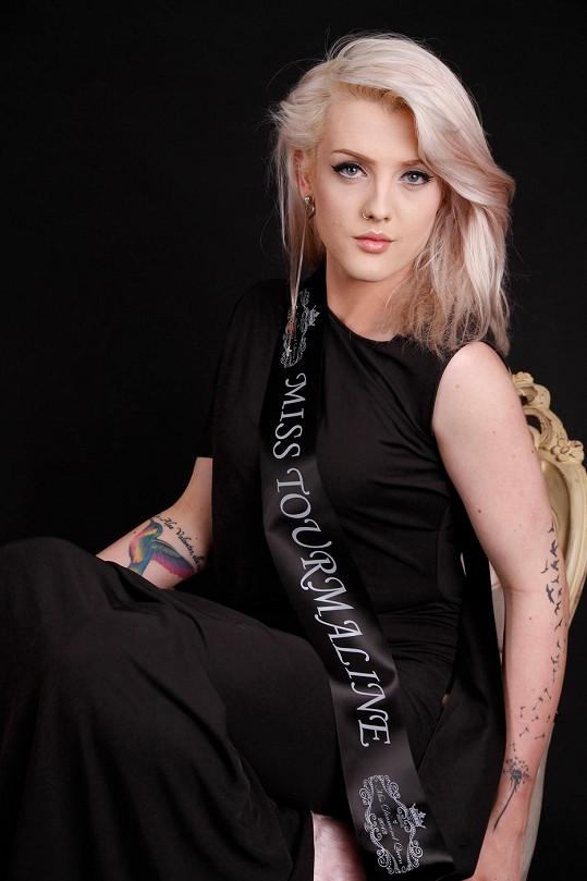 Kráska z Jižního Walesu zvítězila v soutěži Miss Tourmaline.