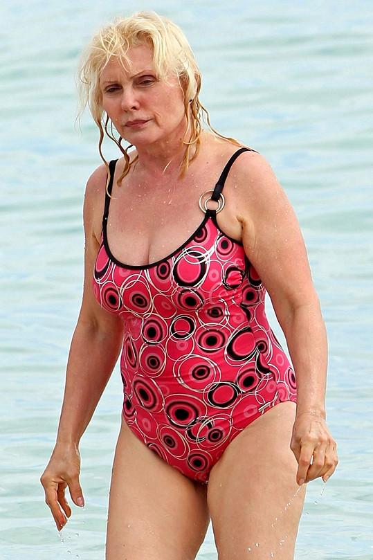 Deborah Harry tráví dovolenou na Miami Beach.