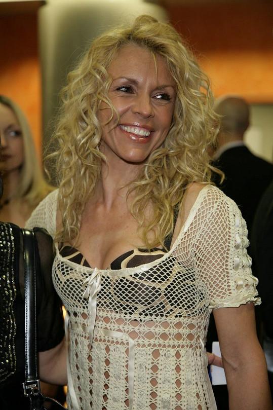 Eva Jeníčková vystřídala několik barev vlasů.