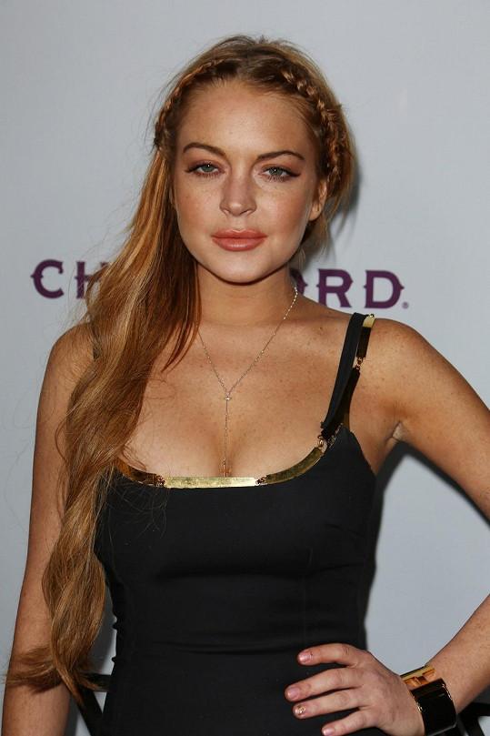 Miley sesadila ze zlobivého trůnu Lindsay Lohan.