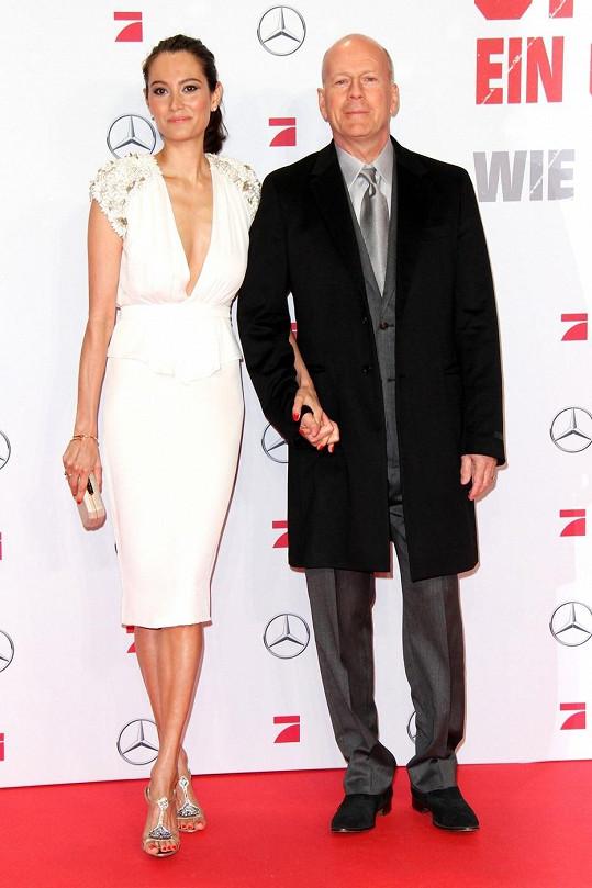 Bruce s Emmou v Berlíně.
